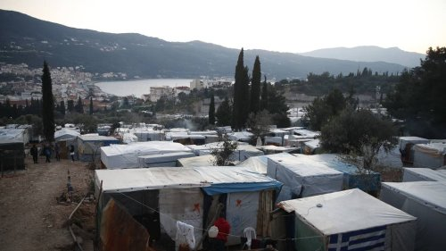Griechenland baut neue Flüchtlingslager – und verspricht bessere Bedingungen