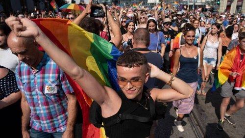 Ungarn: Tausende demonstrieren für Rechte Nichtheterosexueller