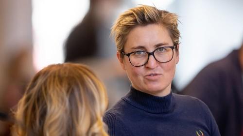 Weg von Schuldenbremse: Hennig-Wellsow schließt sich Grünen an