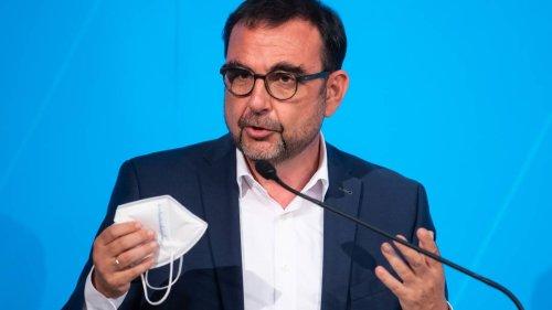 """Minister Holetschek: """"Zusätzliche Maßnahmen werden sich gegen Ungeimpfte richten"""""""