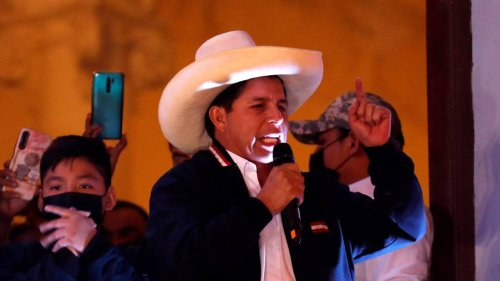 Peru: Linkskandidat Pedro Castillo gewinnt Präsidentenwahl