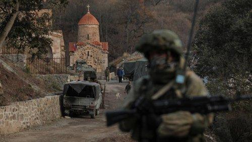 Armenien und Aserbaidschan werfen sich Beschuss in Grenzregion vor