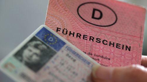 Frist beachten: Alte Führerscheine müssen getauscht werden