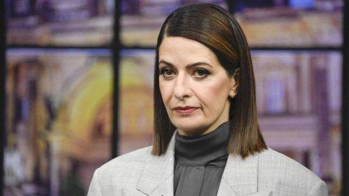 """TV-""""Triell"""": Linda Zervakis wird für """"Micky Maus""""-Coup gefeiert und kritisiert"""