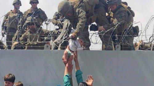 Baby in Kabul über Mauer an US-Soldaten gegeben: Das wurde aus der kleinen Liya
