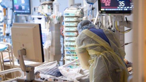 Sieben-Tage-Inzidenz wieder über 70: RKI meldet 10.949 Corona-Neuinfektionen