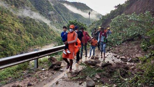 Mehr als 100 Tote nach Starkregen in Indien und Nepal