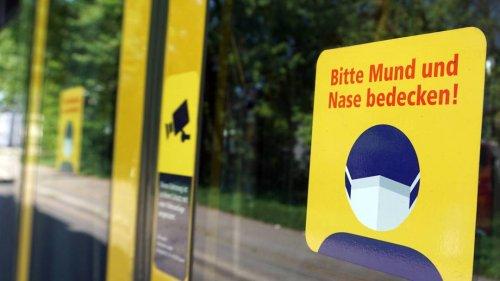 Maskenverweigerer schlägt Busfahrer ins Gesicht