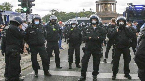 Nach Corona-Demo: Berliner Polizei leitet mehr als 500 Ermittlungsverfahren ein