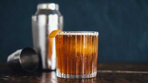How to Make a Michigander, the Apple Brandy Cocktail That's Like Fall in a Glass