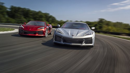 Chevy's New Corvette Z06 Debuts With a 670 HP Flat-Plane Crank V-8—and It's Freaking People Out