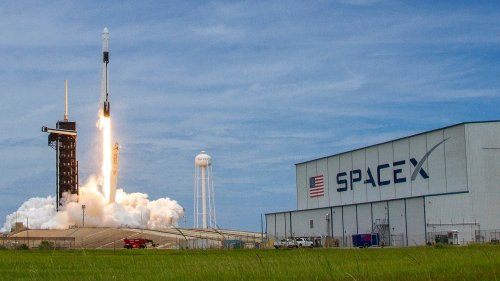 Forget Tesla. SpaceX Is Expected to Become Even More Valuable, According to Morgan Stanley