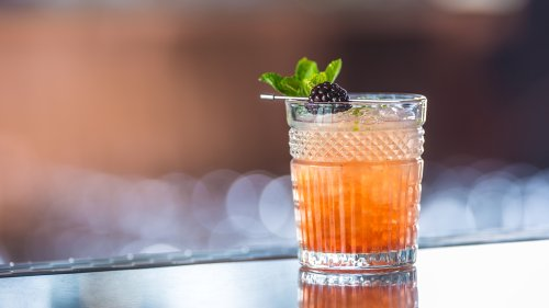 How to Make a Bramble, a Gin Drink Invented by a Pioneer of the Cocktail Renaissance