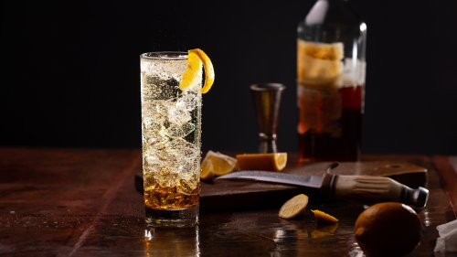 How to Make a Japanese Whisky Highball, a Refreshing Cocktail Where Every Detail Matters