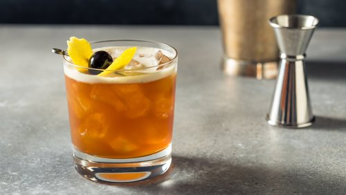 How to Make an Amaretto Sour, the Almond-Accented Cocktail Made Great by Cask-Strength Bourbon