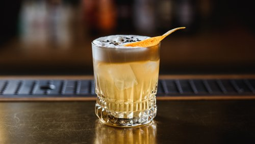 How to Make the Perfect Whiskey Sour—3 Different Ways