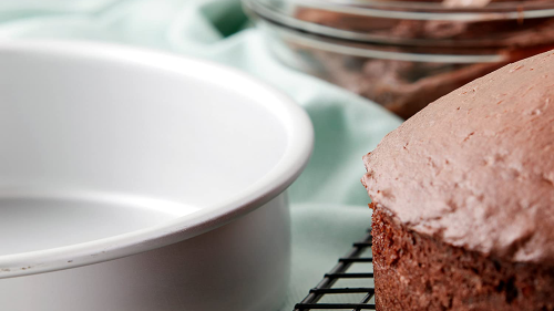 The Best Cake Pans for Baking the Perfect Birthday Treat