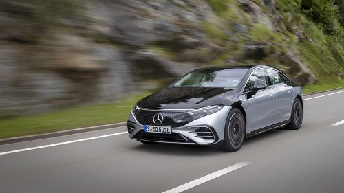 Mercedes-Benz Reveals That Its New Flagship EV, the EQS, Will Cost Less Than the S-Class