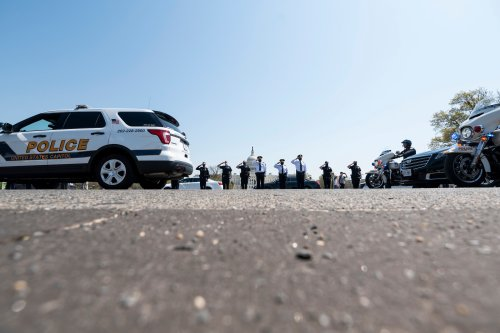 Photo of the day: Officer Evans procession - Roll Call