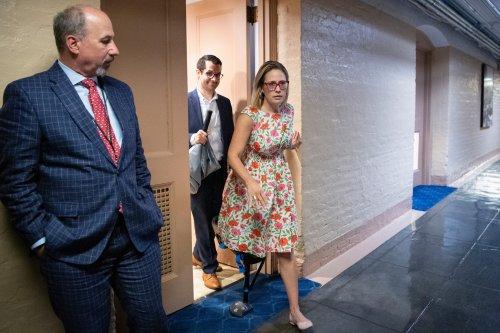 Sinema deals blow to Democrats' budget reconciliation target - Roll Call