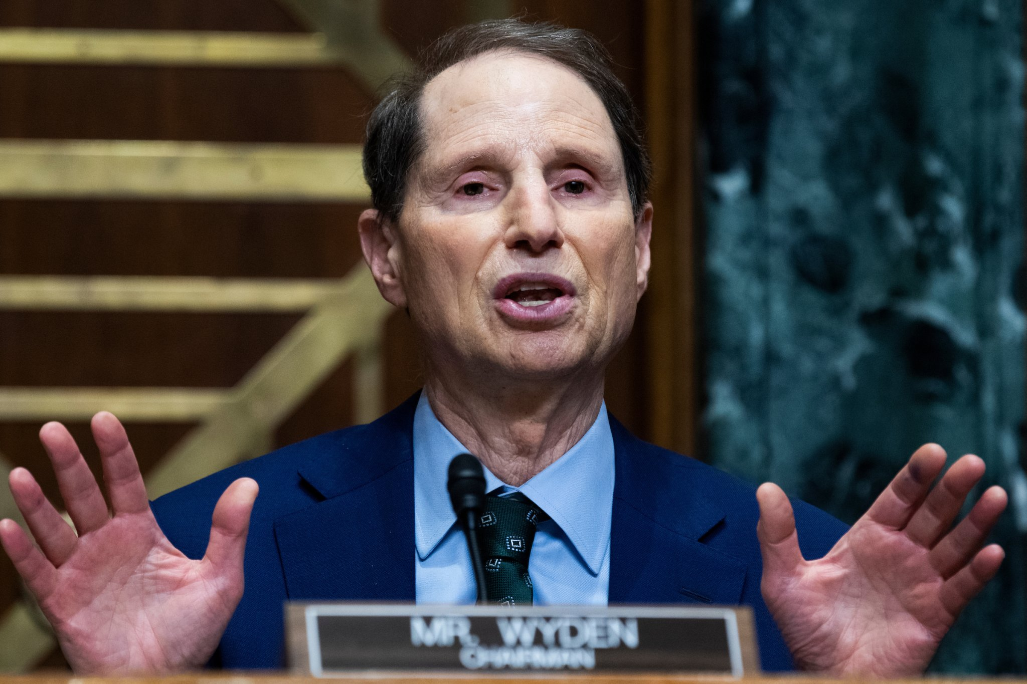 Wyden wants tweaks to infrastructure bill's cryptocurrency rules - Roll Call