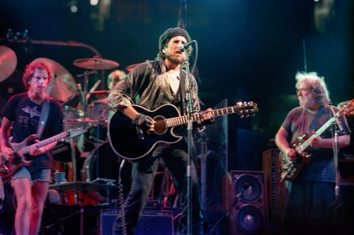 A 1987 Bob Dylan, Grateful Dead Concert Has Surfaced for Fans to Fight Over