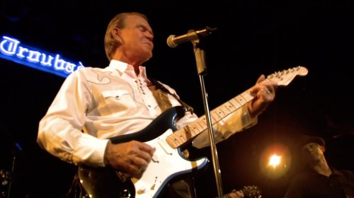 Glen Campbell's Last Recorded Performance to Kick Off 'Front and Center' New Season