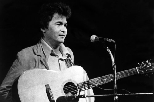 John Prine, One of America's Greatest Songwriters, Dead at 73