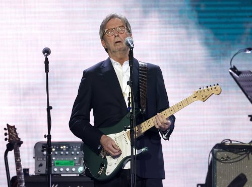 Anti-Vax Hypocrite Eric Clapton Breaks Own Vow, Plays Venue With Vaccine Mandate