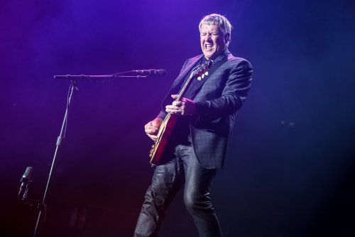 Rush Guitarist Alex Lifeson Releases First New Music Since 2012