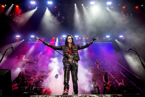 Alice Cooper Announces Fall 2021 Tour Dates With Kiss's Ace Frehley