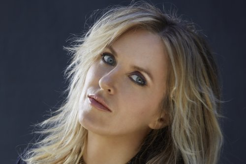 Liz Phair Details 'Soberish' LP, Drops New Song 'Spanish Doors'