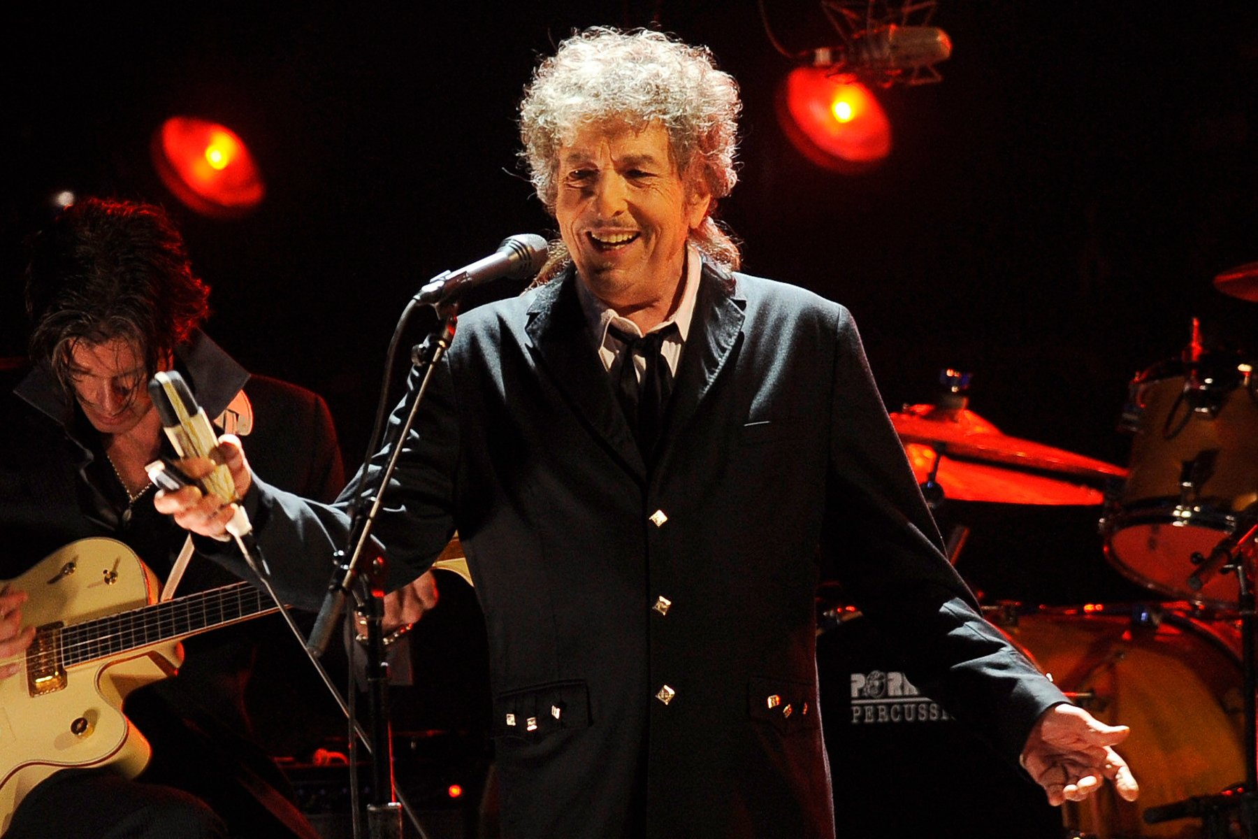Bob Dylan Sells Entire Songwriting Catalog to Universal Music Publishing