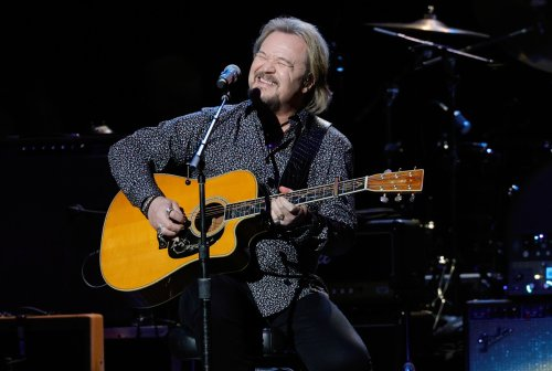 Thanks, Travis Tritt, for Accidentally Saving Lives With Your Dumb Covid Policy