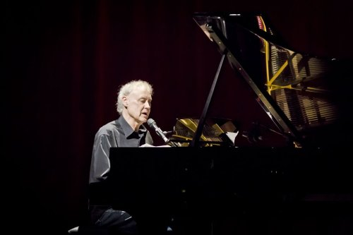 Hear Bruce Hornsby's Piano Rendition of Dinosaur Jr.'s 'Feel the Pain'