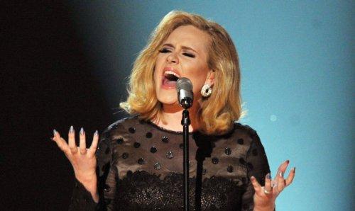 """""""Easy On Me"""": Neuer Adele-Song stellt unfassbare Rekorde auf"""