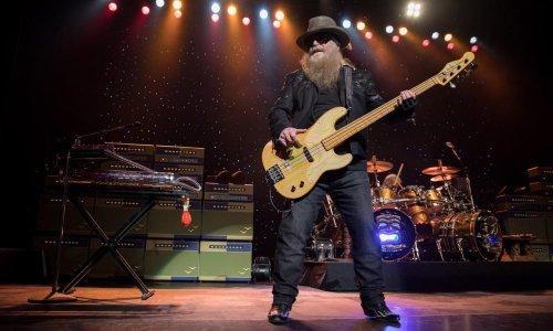 Le bassiste de ZZ Top, Dusty Hill, est décédé à 72 ans