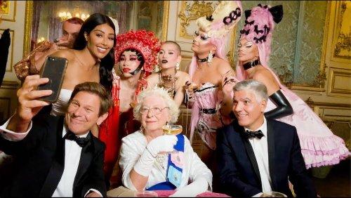 Duran Duran en virée avec la reine Elizabeth dans le clip de « Anniversary »