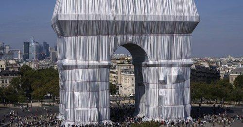 Traum von Christo erfüllt: Pariser Triumphbogen ist verhüllt