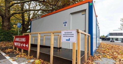7-Tage-Inzidenz steigt: Stadt will Wartezeiten am Impfzentrum verringern