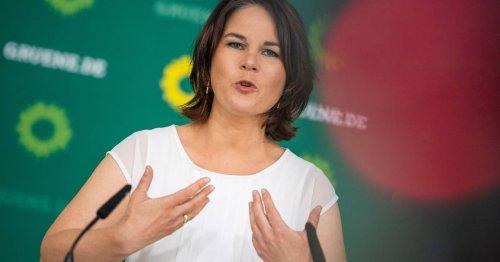 Kanzlerkandidatin der Grünen: Benachteiligungen für Ungeimpfte für Baerbock legitim