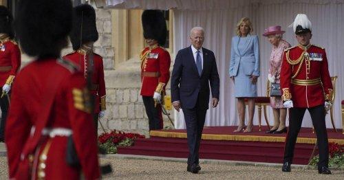 Queen empfängt US-Präsident: Biden achtet im Gegensatz zu Trump das Protokoll in Windsor