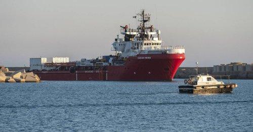 """Rettung im Mittelmeer: """"Ocean Viking"""" und """"Sea-Watch 3"""" fordern Hafen für 810 Menschen"""