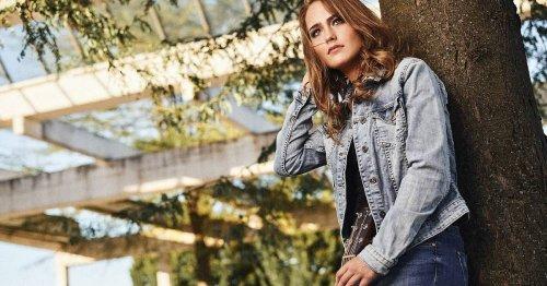 Porträt von Sophia Chassée aus Neuss: Traum von Karriere als Vollzeitmusikerin