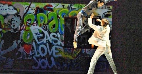 Premiere am Theater Krefeld: Ballett tanzt sich Corona von der Seele