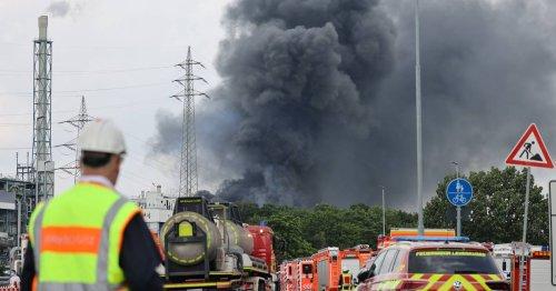 Nach Explosion in Leverkusen: Lauterbach warnt vor Dioxin - Kinderspielzeug und Fahrräder gründlich abwaschen