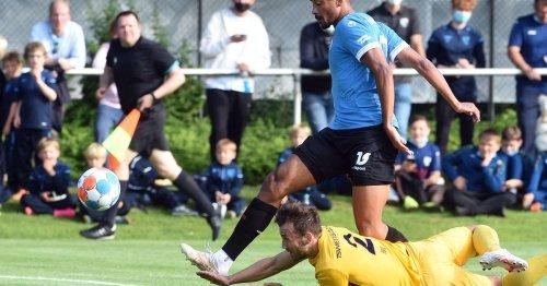 Fußball in Meerbusch: Freundschaftskick Fortuna gegen TSV Meerbusch vor 500 Zuschauern
