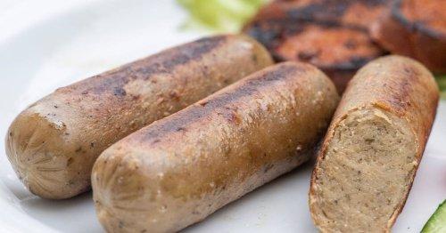 """Trend zur Grillsaison: Veggiewürstchen laut """"Öko-Test"""" oft mit Rückständen verunreinigt"""