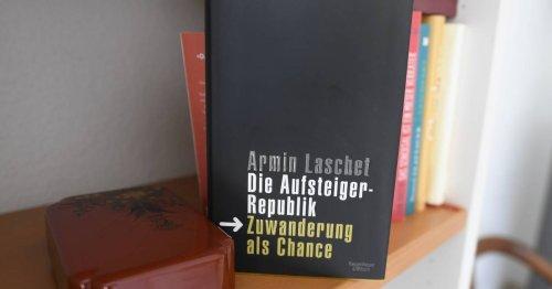 Nach Prüfung mit Software: Plagiatssucher Weber sieht Laschet entlastet