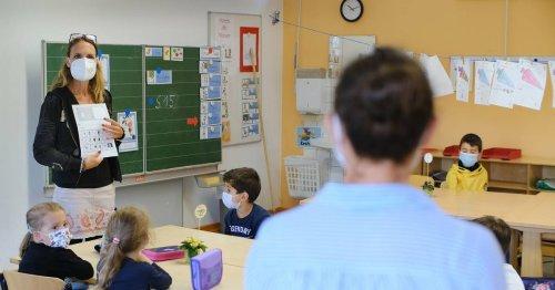 Unterrichts-Modell in Heiligenhaus: Regenbogen-Erstklässler lernen Spanisch